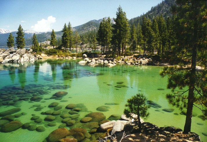 beautiful_sand_harbor_at_lake_tahoe_nevada