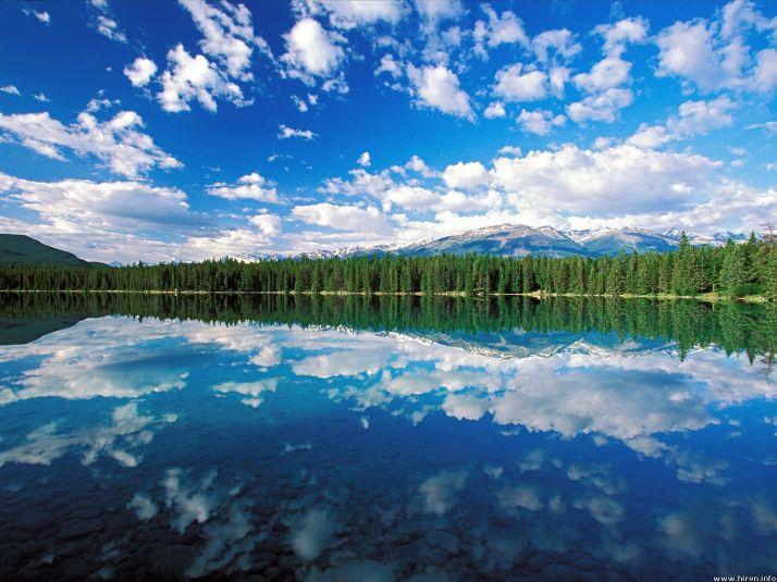 edith-lake-jasper-canada